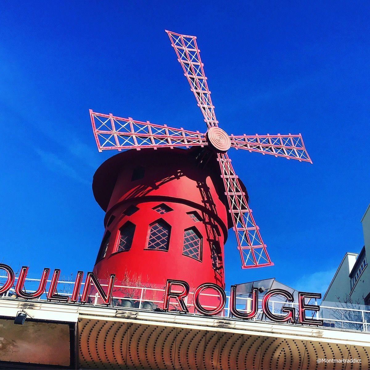 12. Moulin Rouge sur ciel bleu, Montmartre 75018