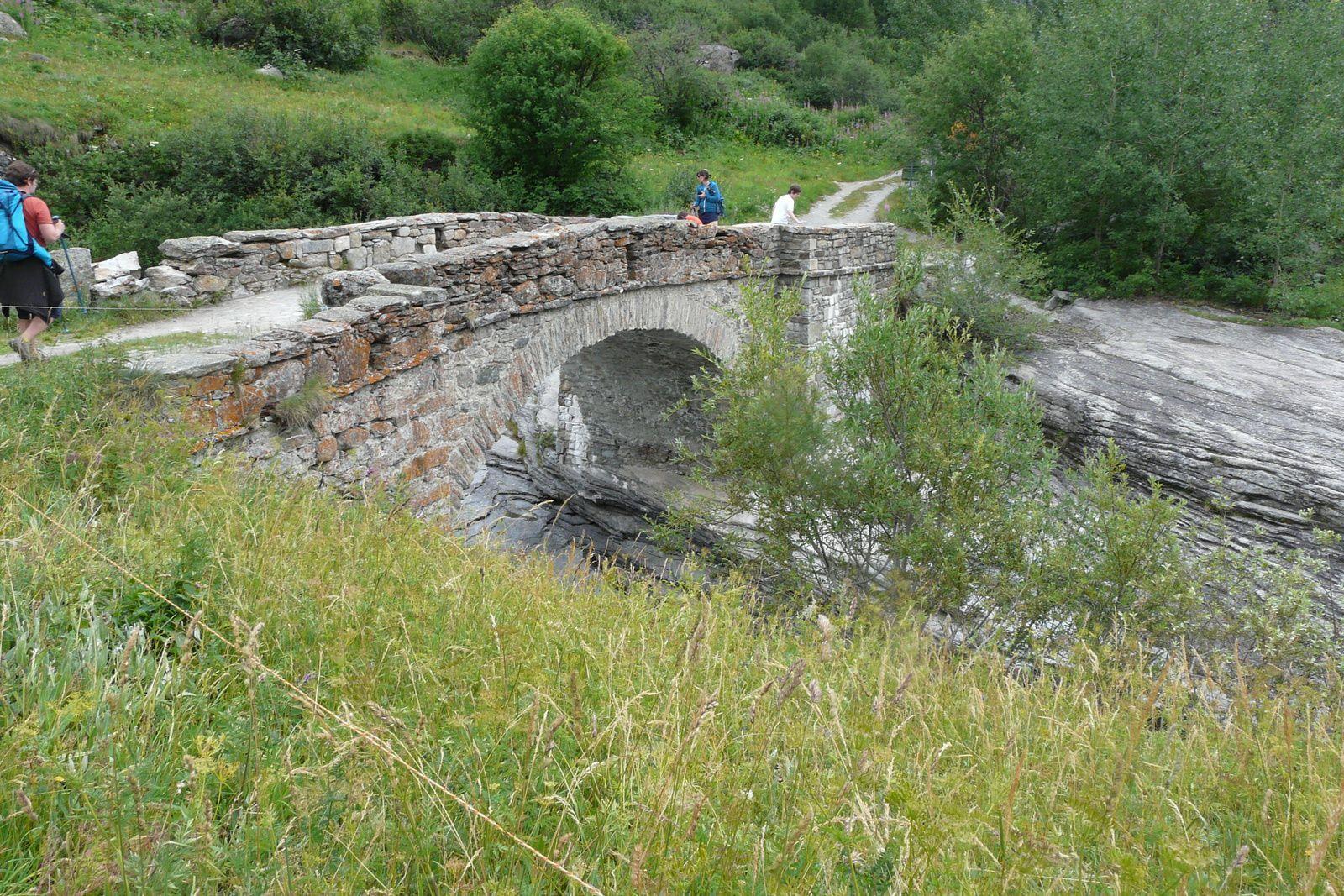 Le pont de la Lama et l'Arc, photos de Nicole