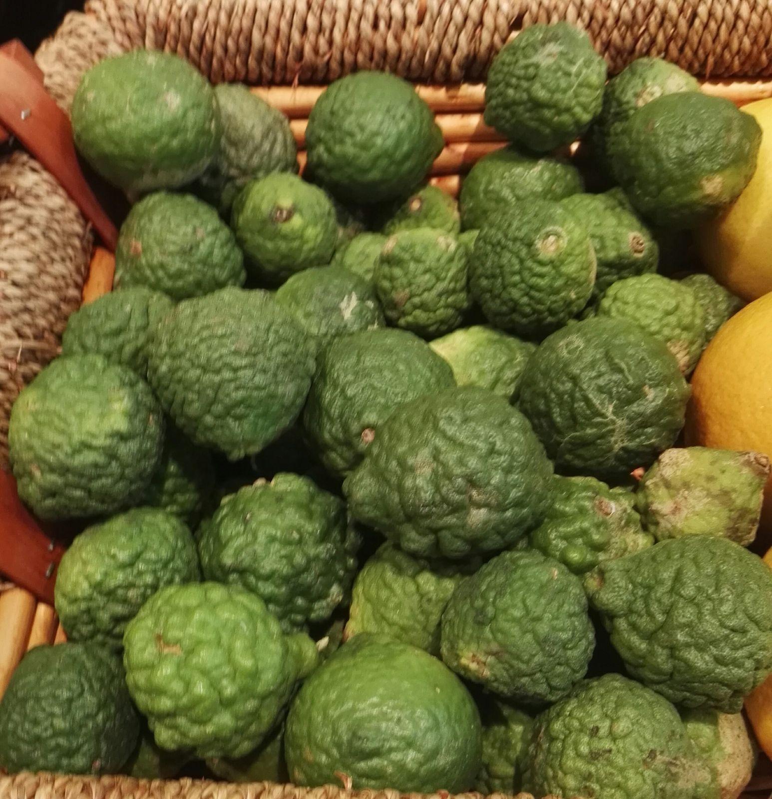 Le Combawa, Citrus hystrix