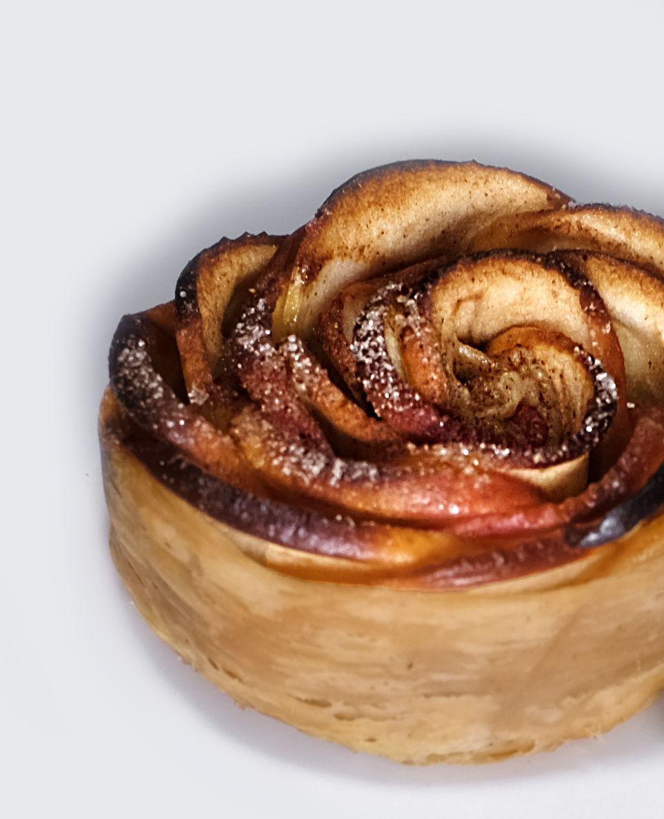 Tartelette-fleur aux pommes et à la cannelle