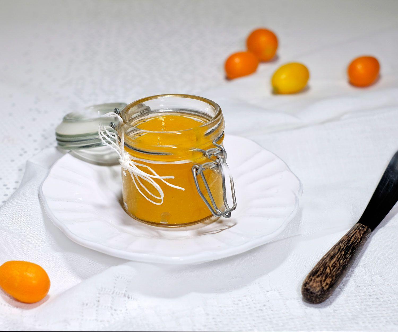 Condiment kumquats... pourquoi pas un joli cadeau gourmand à apporter chez des amis quand vous allez dîner chez eux ?