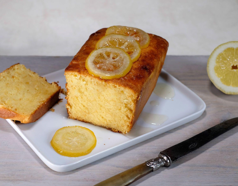 Gâteau-cake très citron aux zestes de citron confit maison