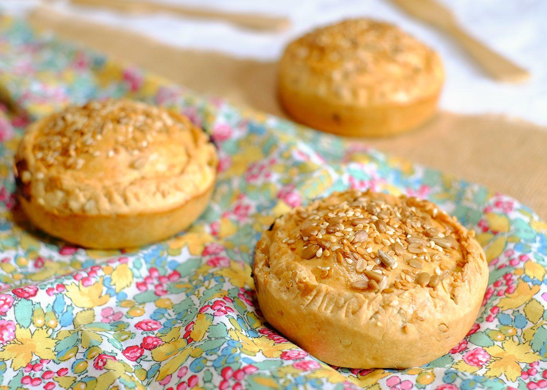 Pie ou tourte aux 2 choux et à la saucisse de Morteau, pâte aux graines