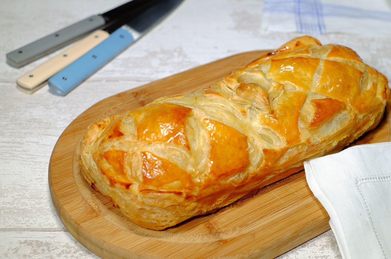 Pâté de Pâques feuilleté pour l'apéritif (poulet, porc et oeufs de caille)