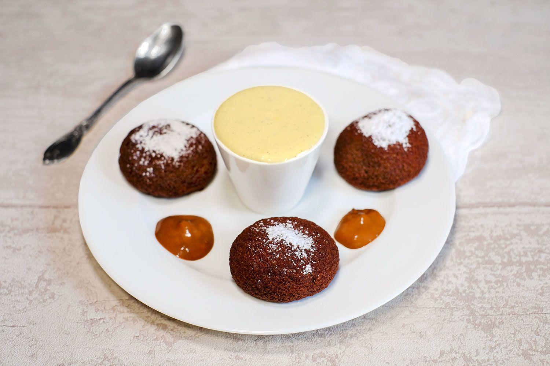 Choux croustillants tout  cacao et crème vanille
