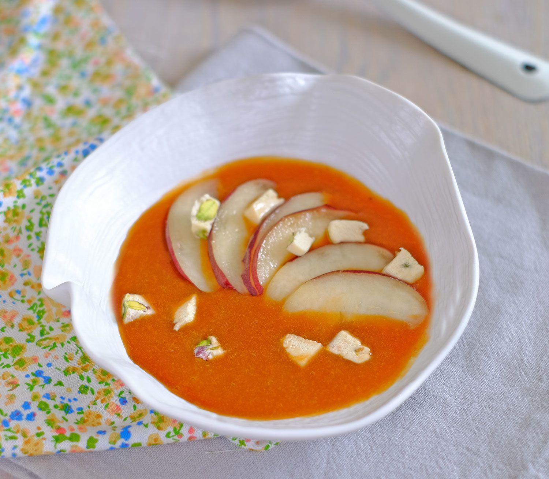 Soupe d'abricots au miel et pêches au nougat