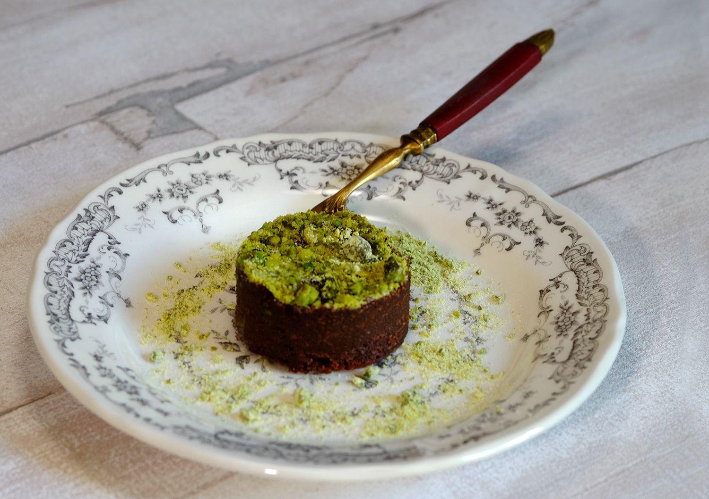Gâteau fondant au chocolat et à la fève tonka