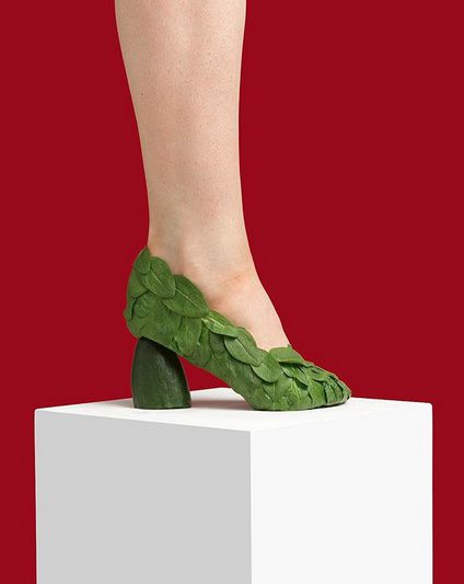 """The detox Cinderella shoe"" - © Nikolaj Beyer"