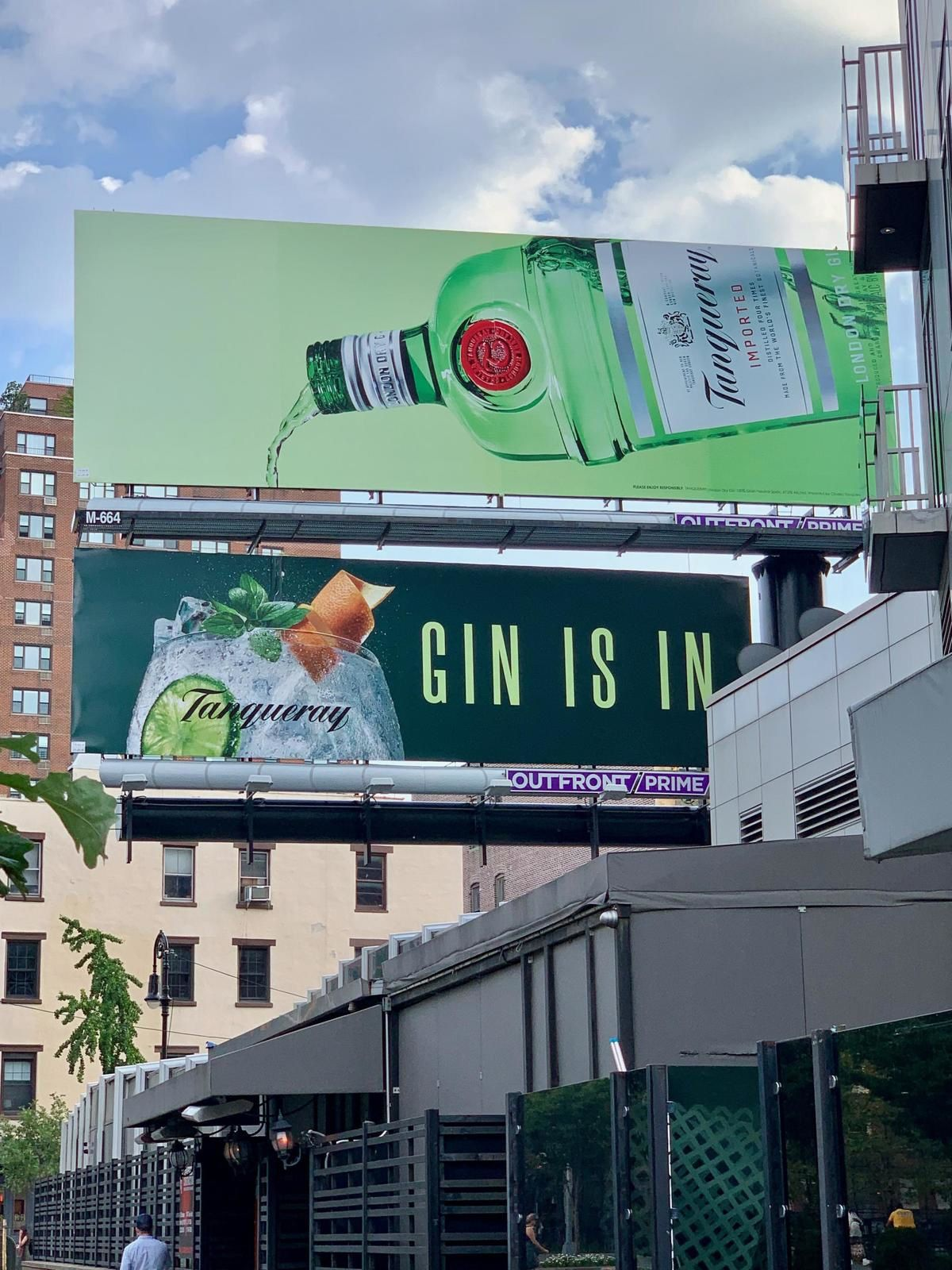 """Tanqueray : """"Gin is in"""" (gin) I Agence : YARD, New York, Etats-Unis (août 2019)"""