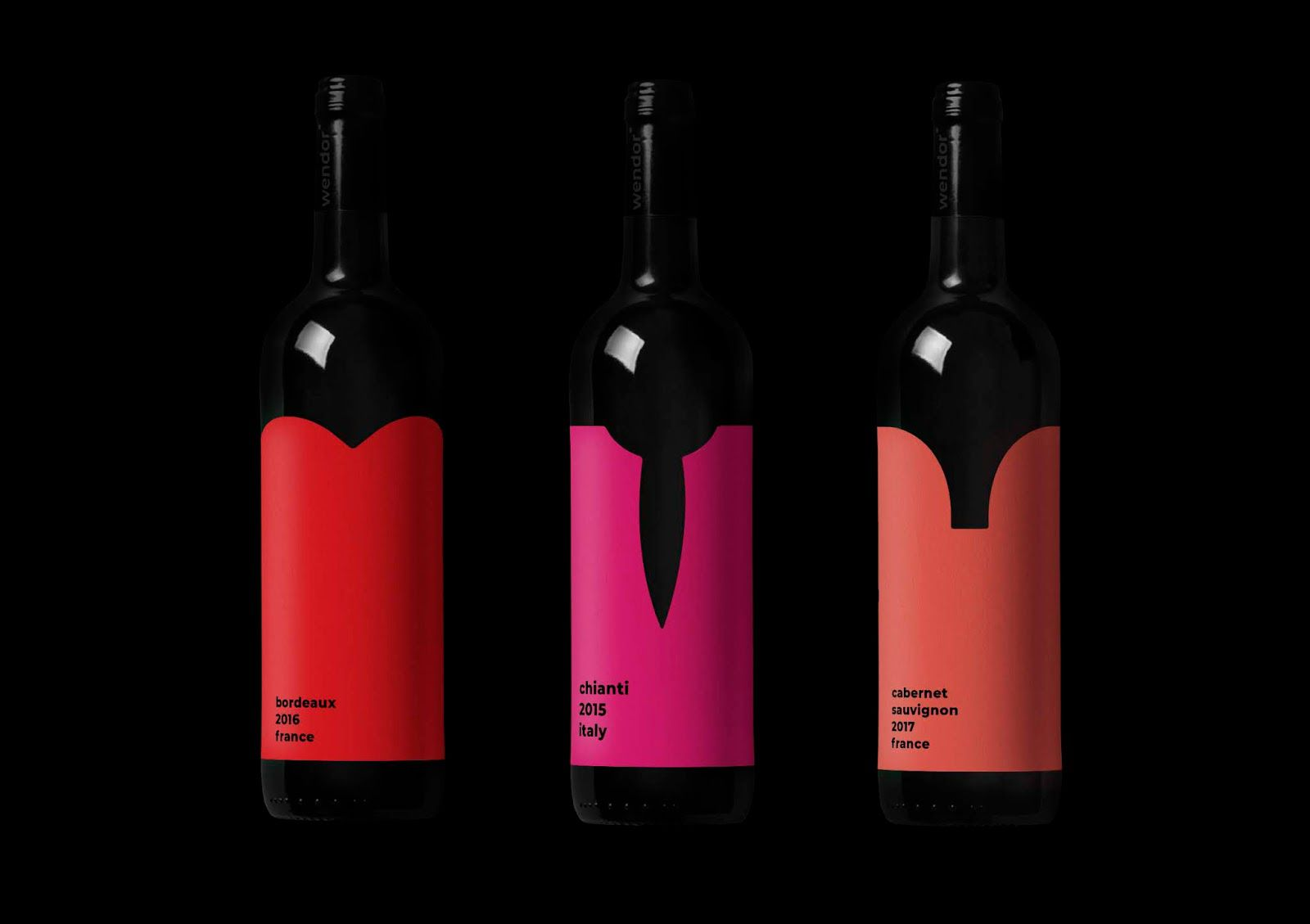 Low neckline (vin rouge) I Design (projet étudiant) : Yulia Agafonova (HSE Art and Design School), Russie (mai 2020)
