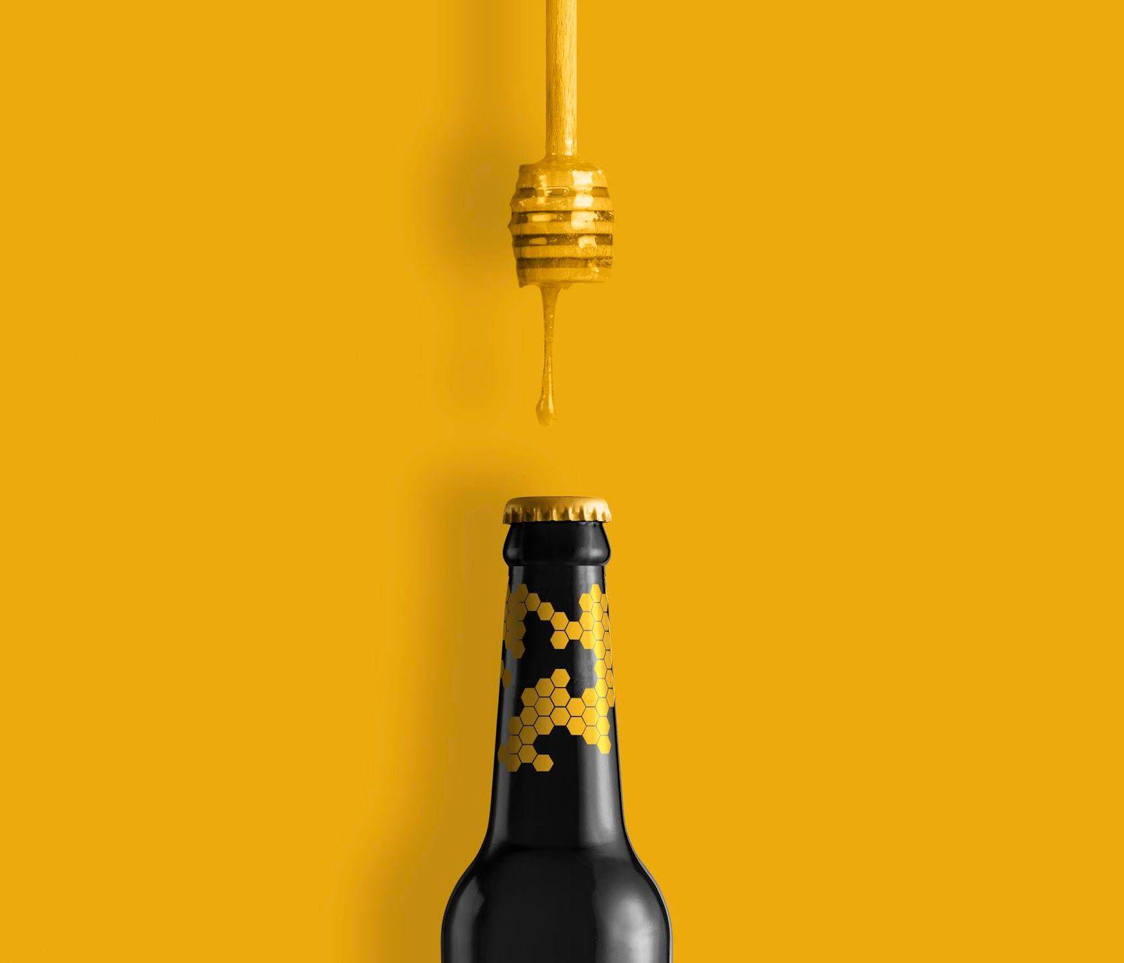 Red Cat Brewery (bière au miel pour le marché européen) I Design : Pavel Reznik, Ukraine (juillet 2020)