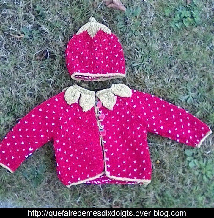 Ensemble gilet et bonnet fraise pour bébé