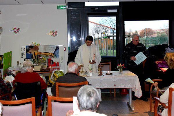 Messe de Noël à la maison de retraite Emeraude ; 23 décembre