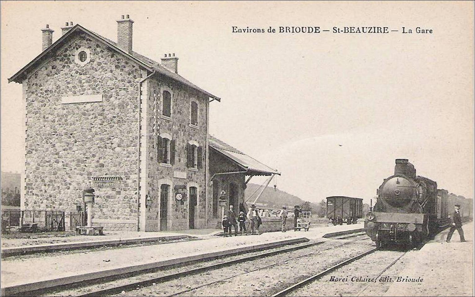 La gare de St Beauzire La Chomette
