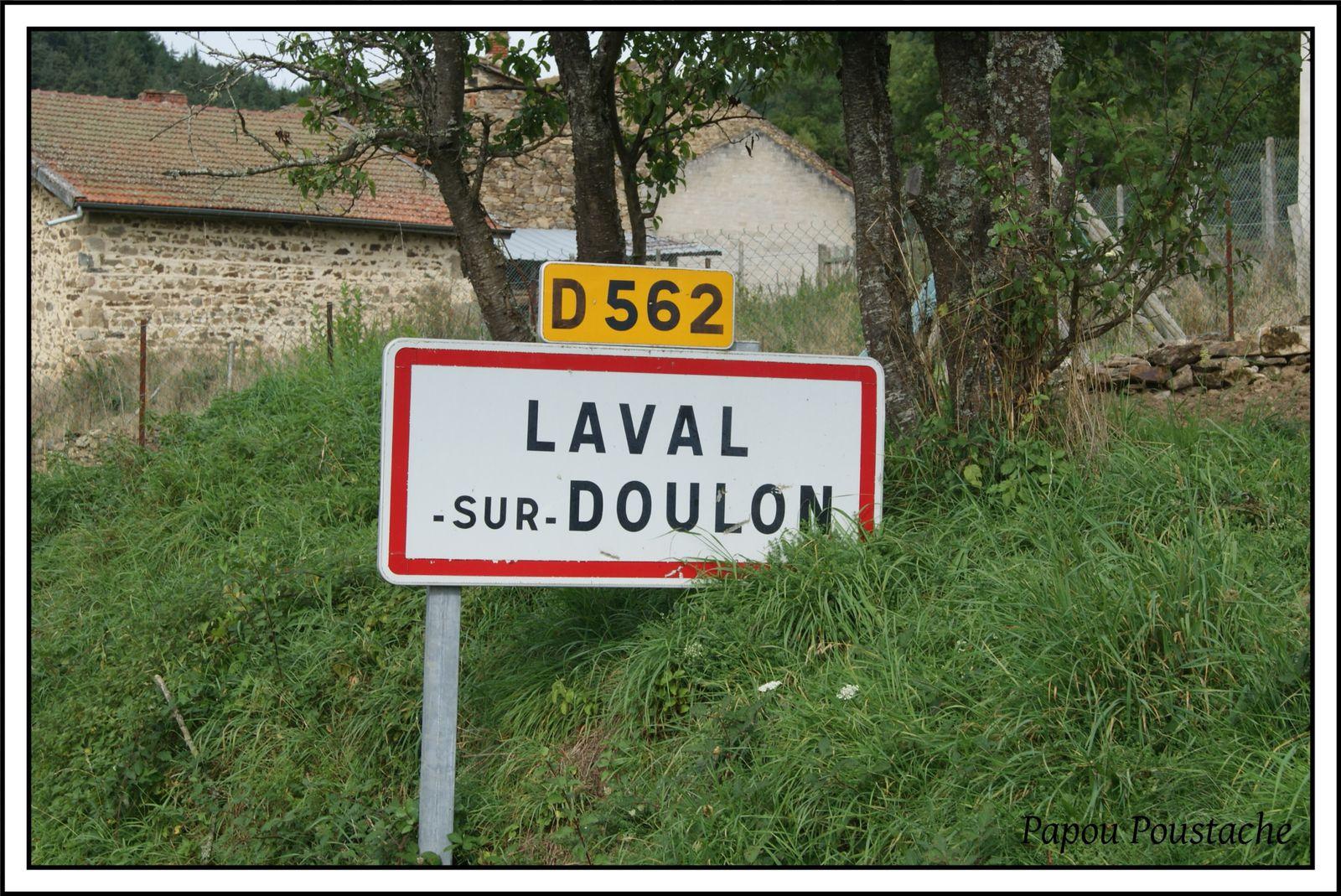 Les villages de Haute-Loire: Laval sur Doulon