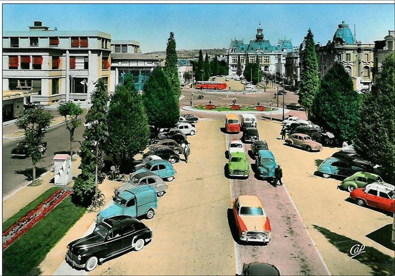 Les automobiles à Vichy