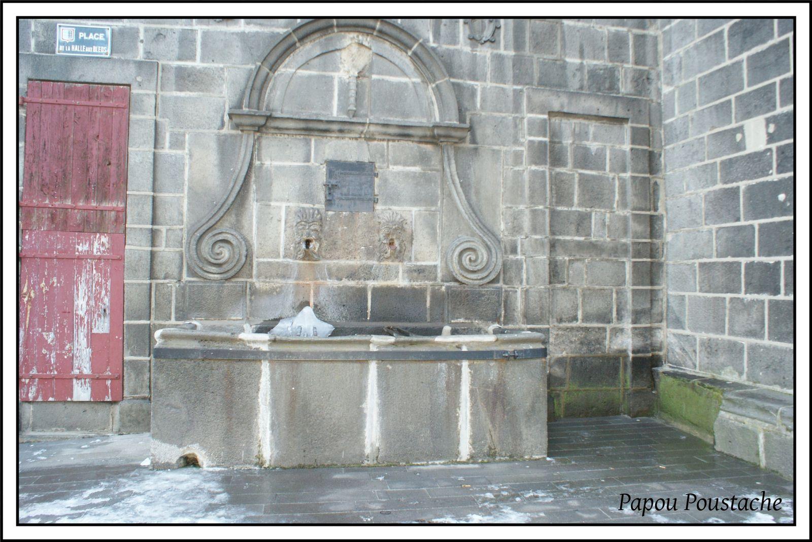 Places et fontaines  du Haut St Flour
