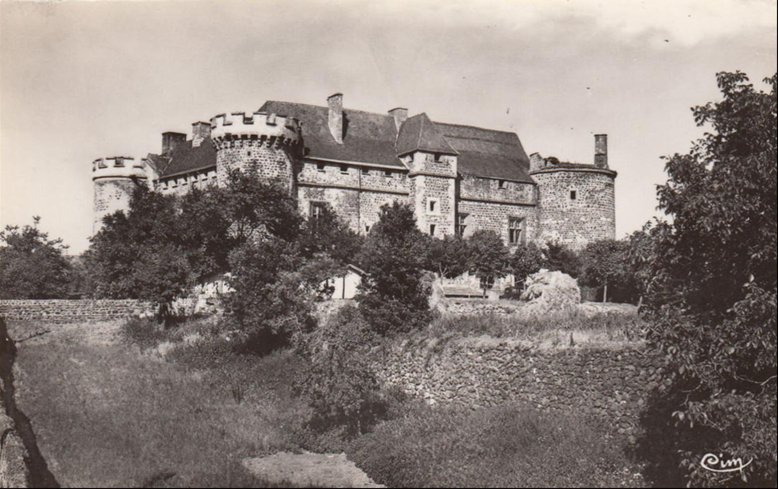 Le chateau de Saint Saturnin