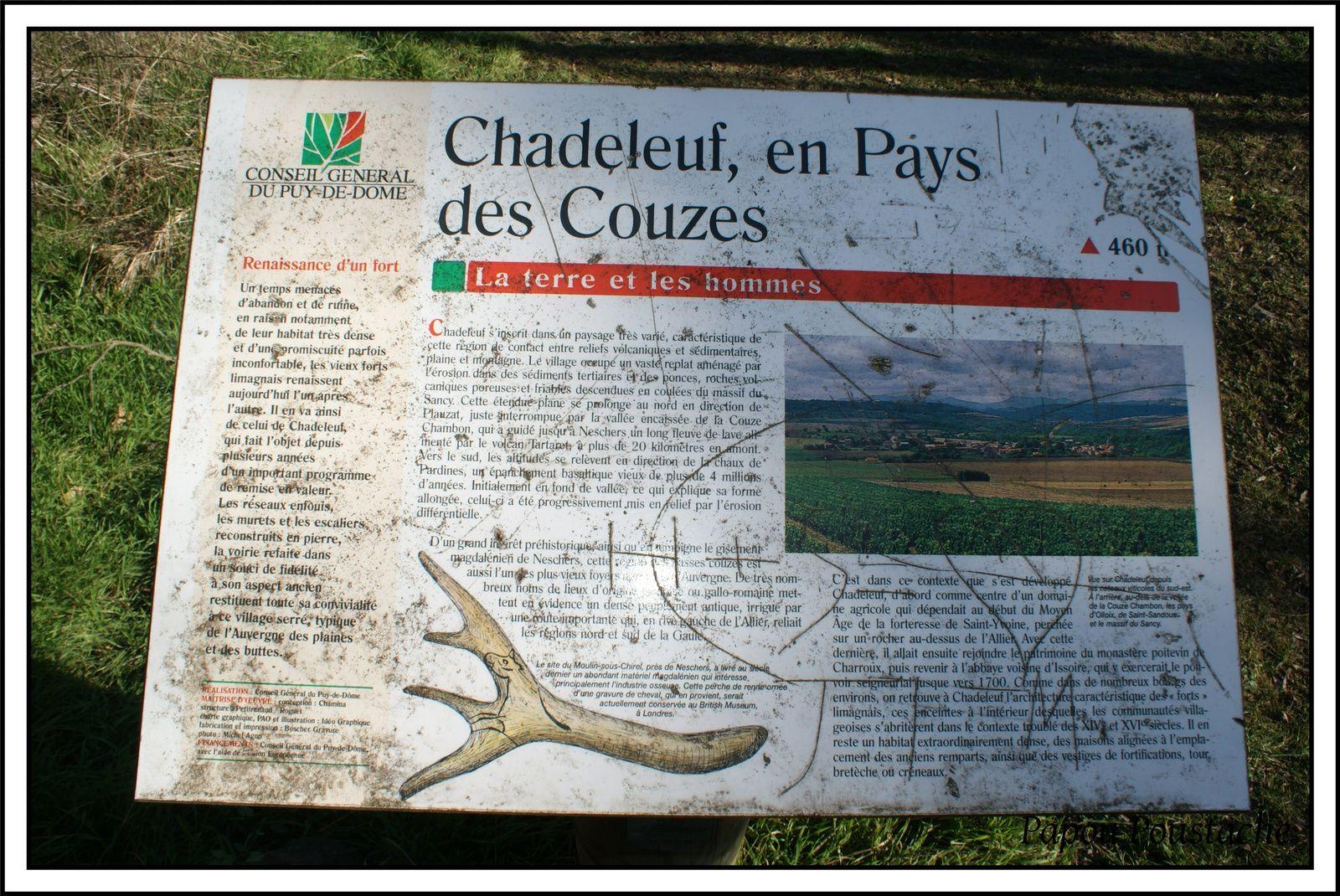 Une vue de Néschers et une autre sur les monts Dore