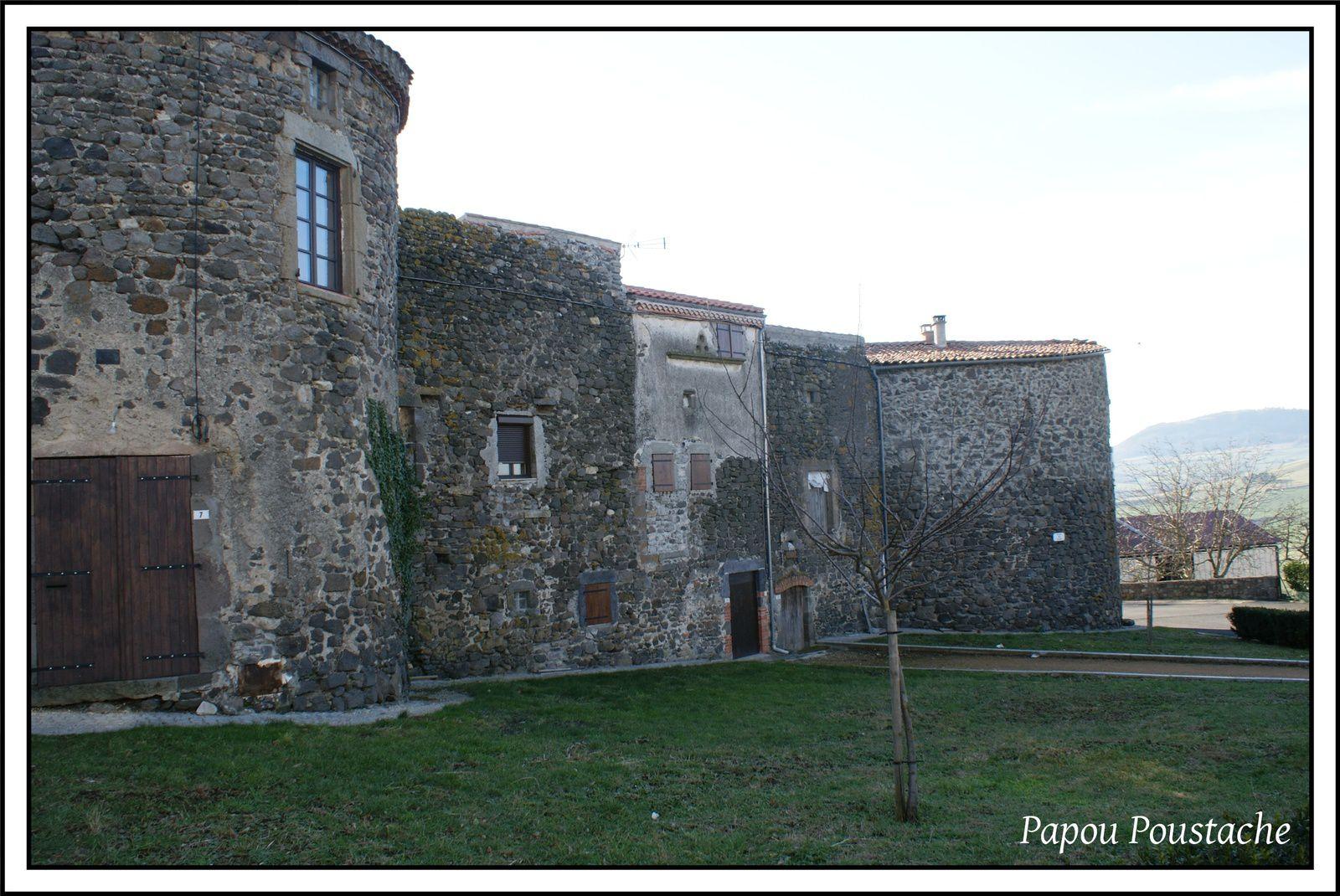 Les villages du Puy de Dome: Pardines
