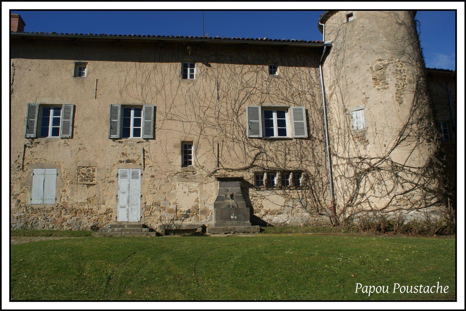 Patrimoine auvergnat: Le chateau de Meydat à Condat lès Montboissiers