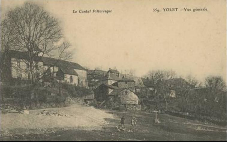 Les villages du Cantal :Yolet