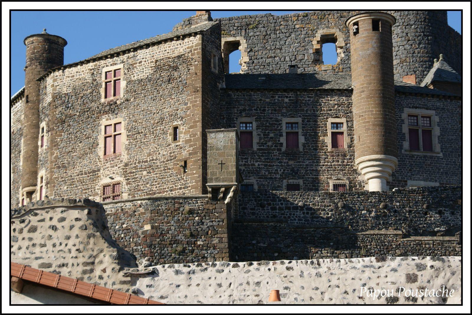 Patrimoine Auvergnat: Le Chateau de Bouzols