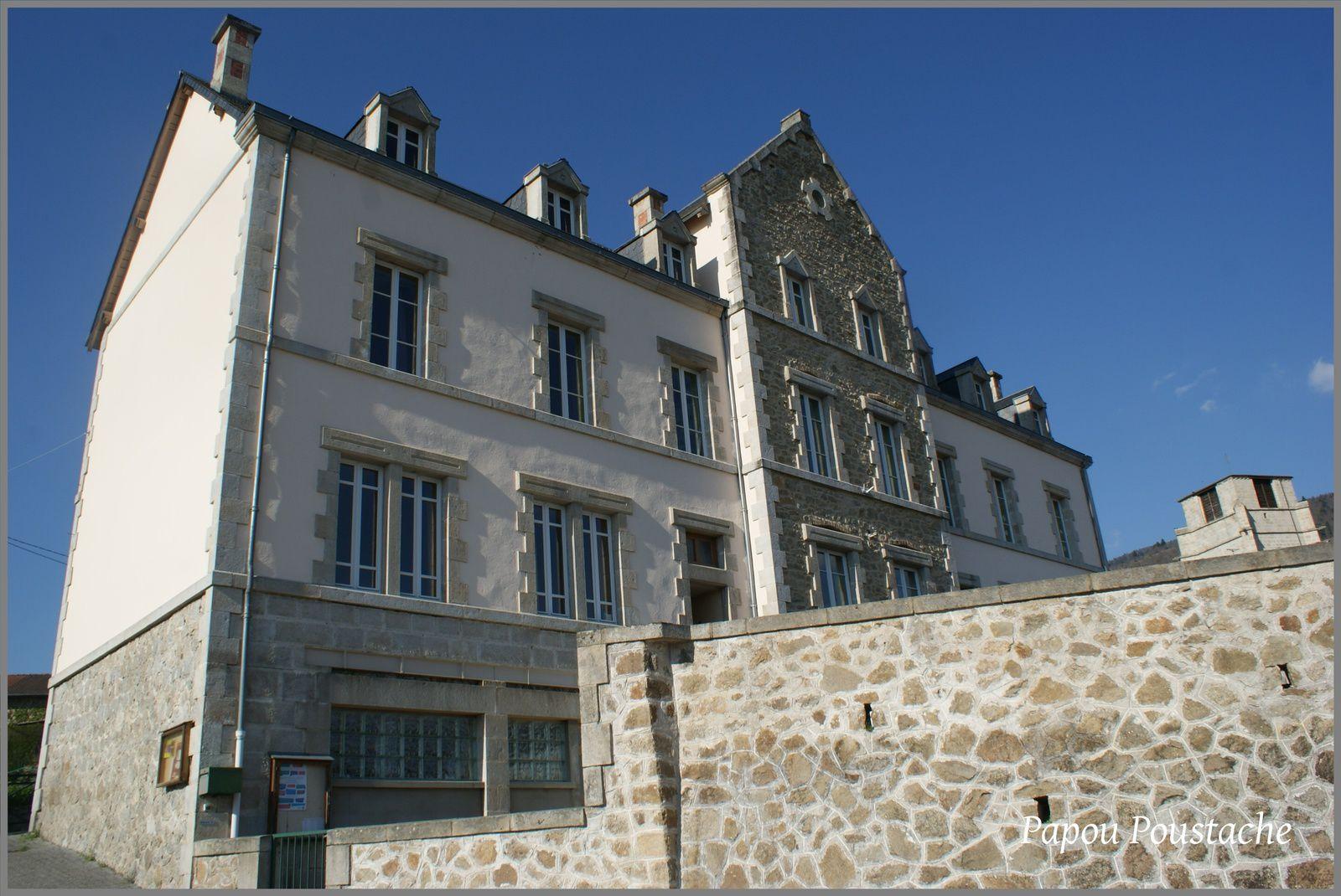 Les villages du Puy de Dome: Job