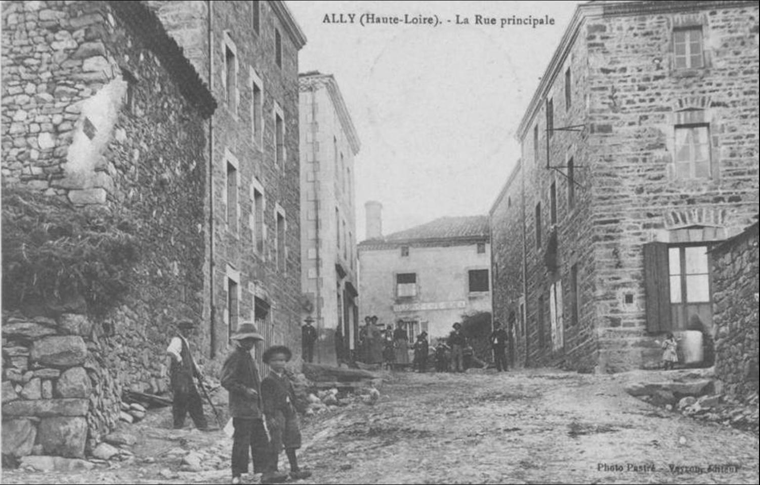 Les villages de Haute-Loire:Ally