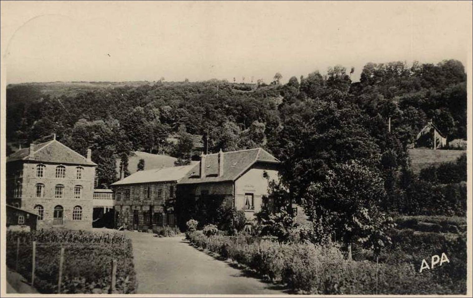 La ganterie de Saint Martin de Valmeroux dans le Cantal