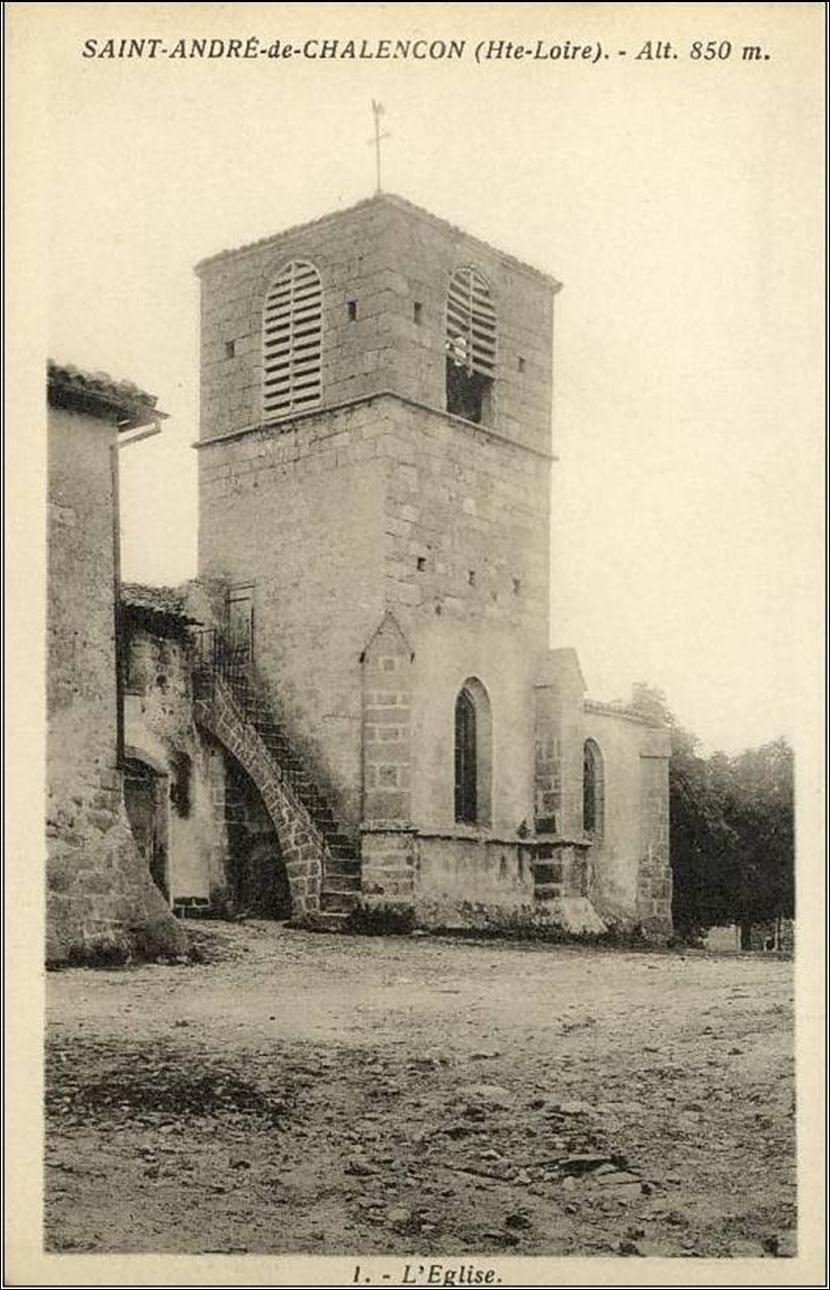 Eglise et monument à Saint André de Chalençon