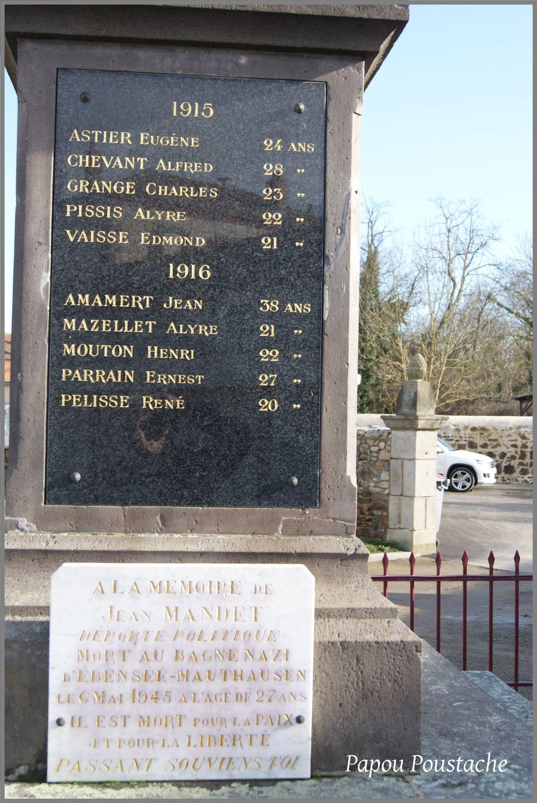 Monument et Bascule à Saint Rémi de Chargnat