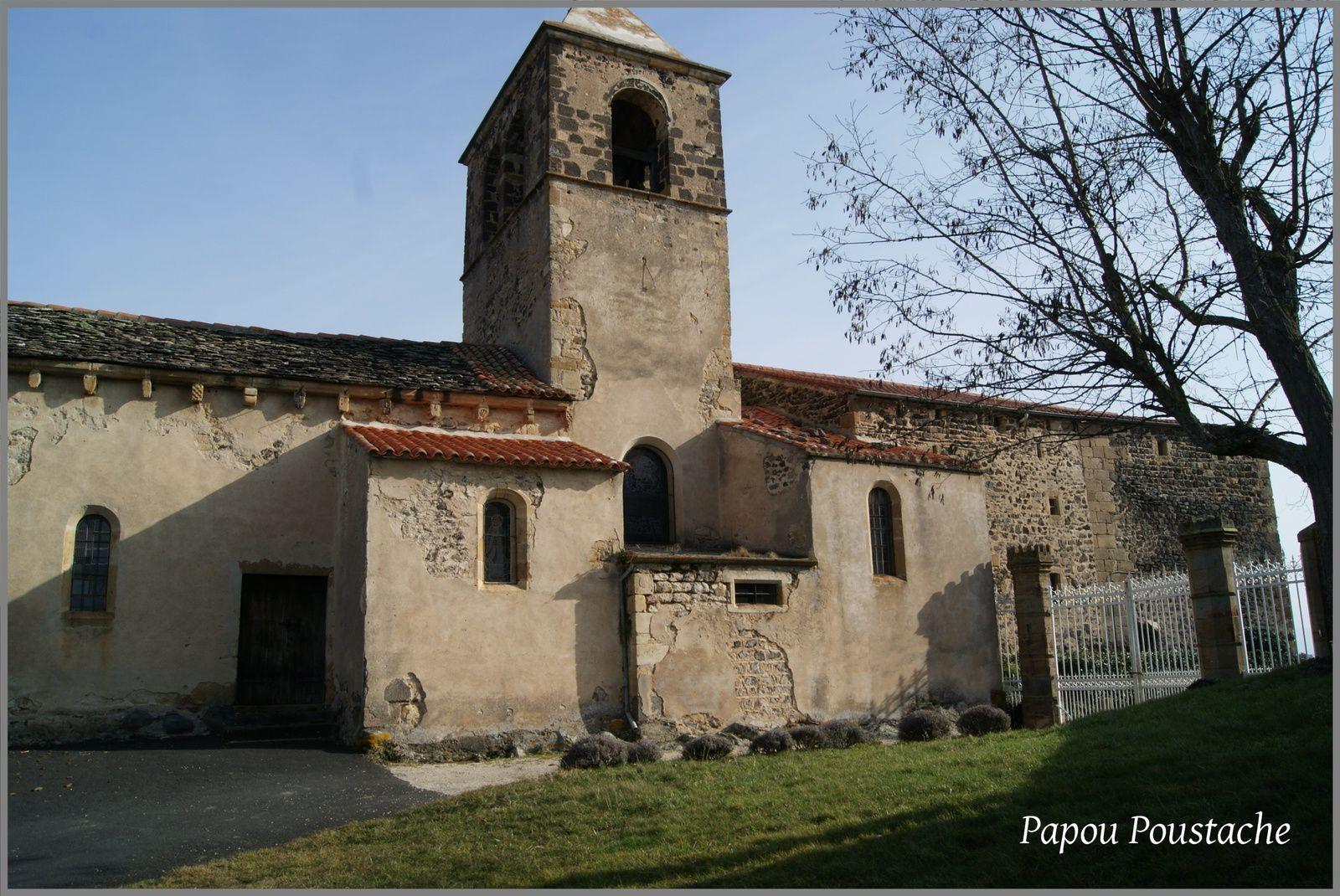 Le village de Chalus dans le Puy de Dome