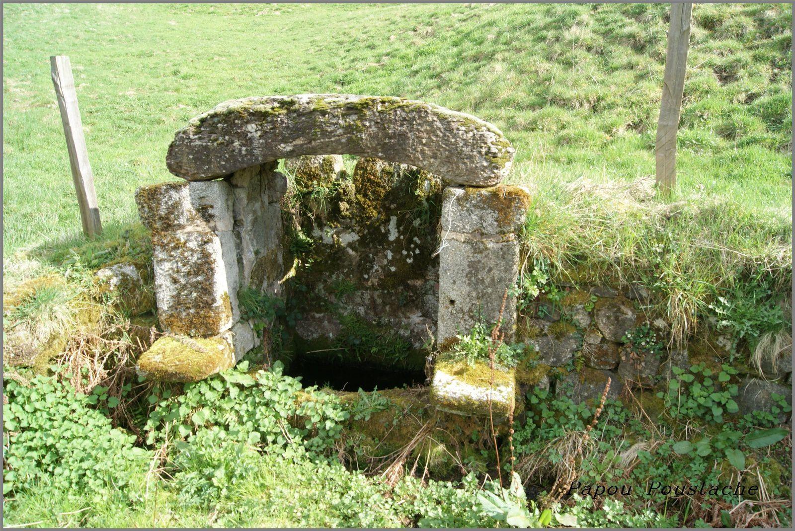 Le village de Junhac dans le Cantal