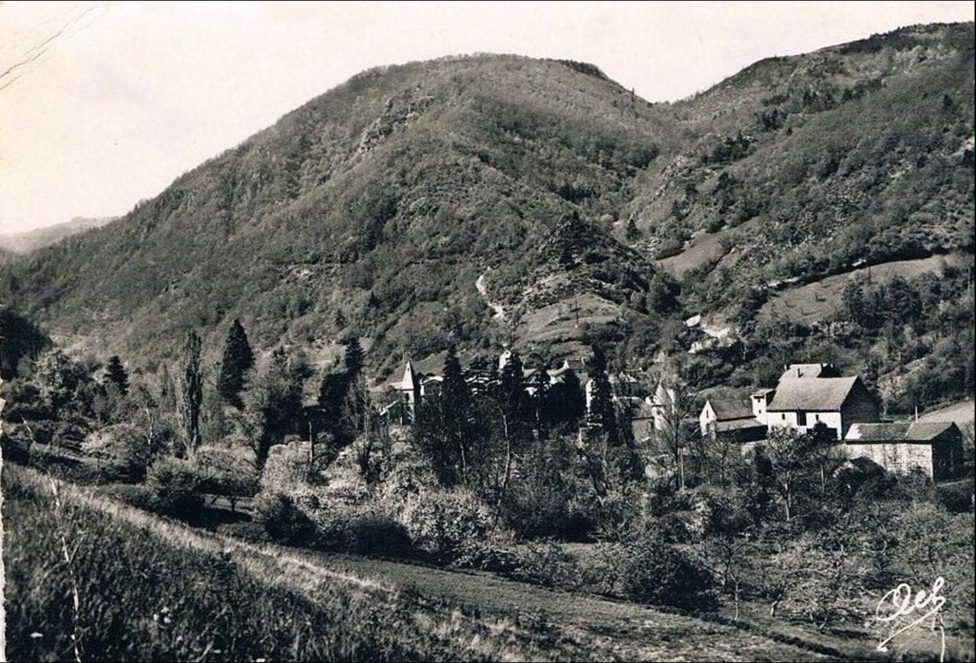 Le village de Courgoul