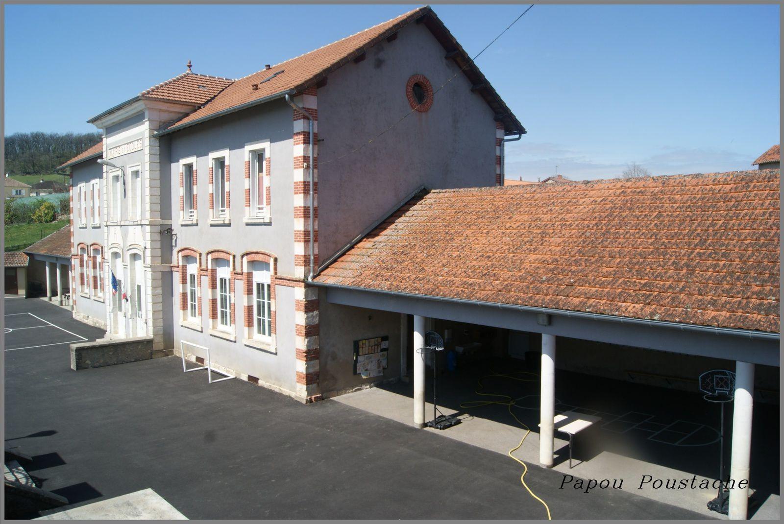 Saint Santin dans le Cantal et dans l'Aveyron