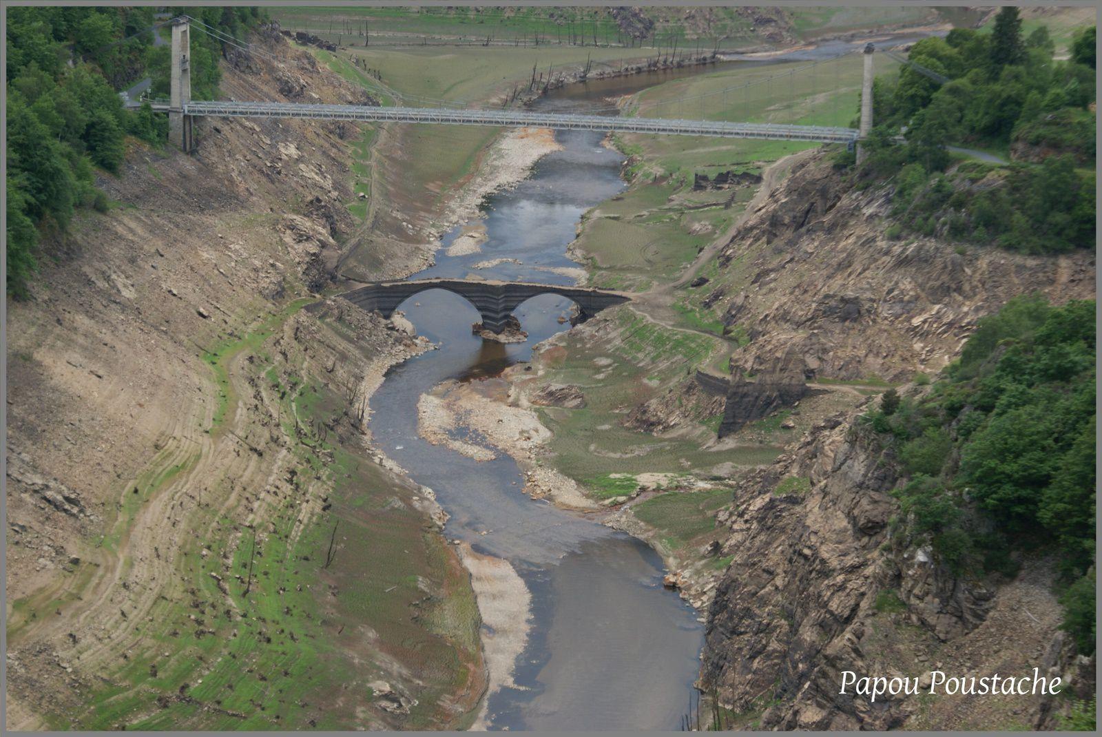 La construction du barrage de Sarrans