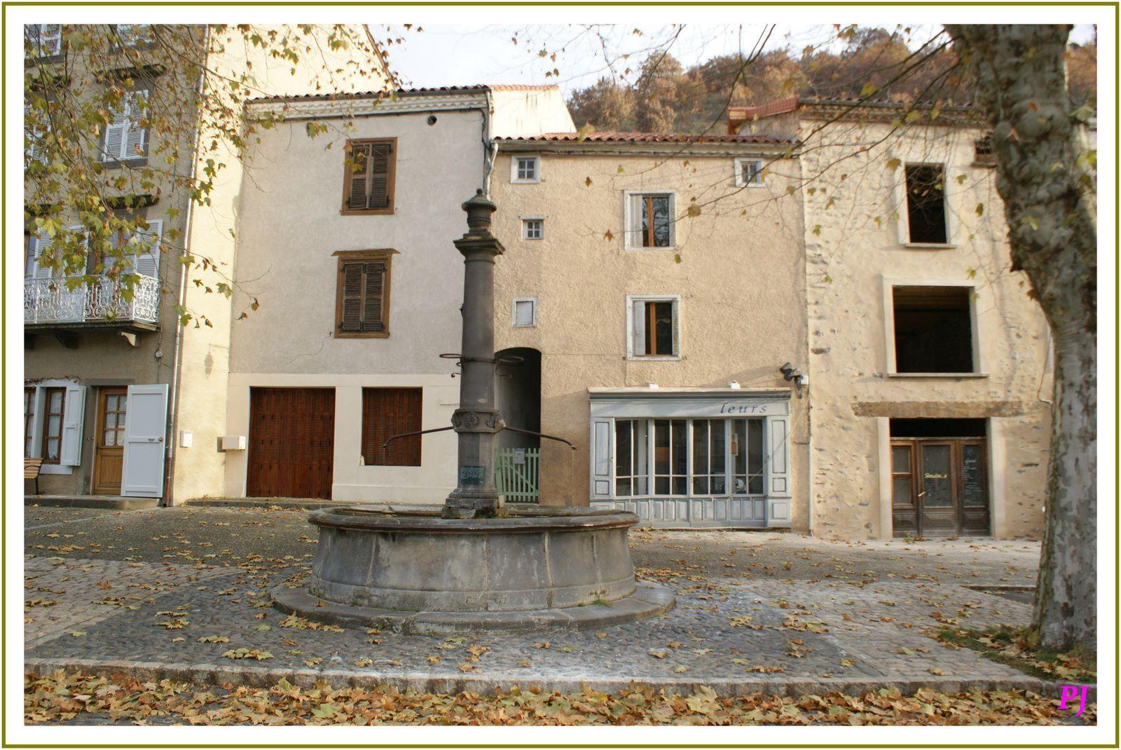 Le village de Blesle en Haute Loire