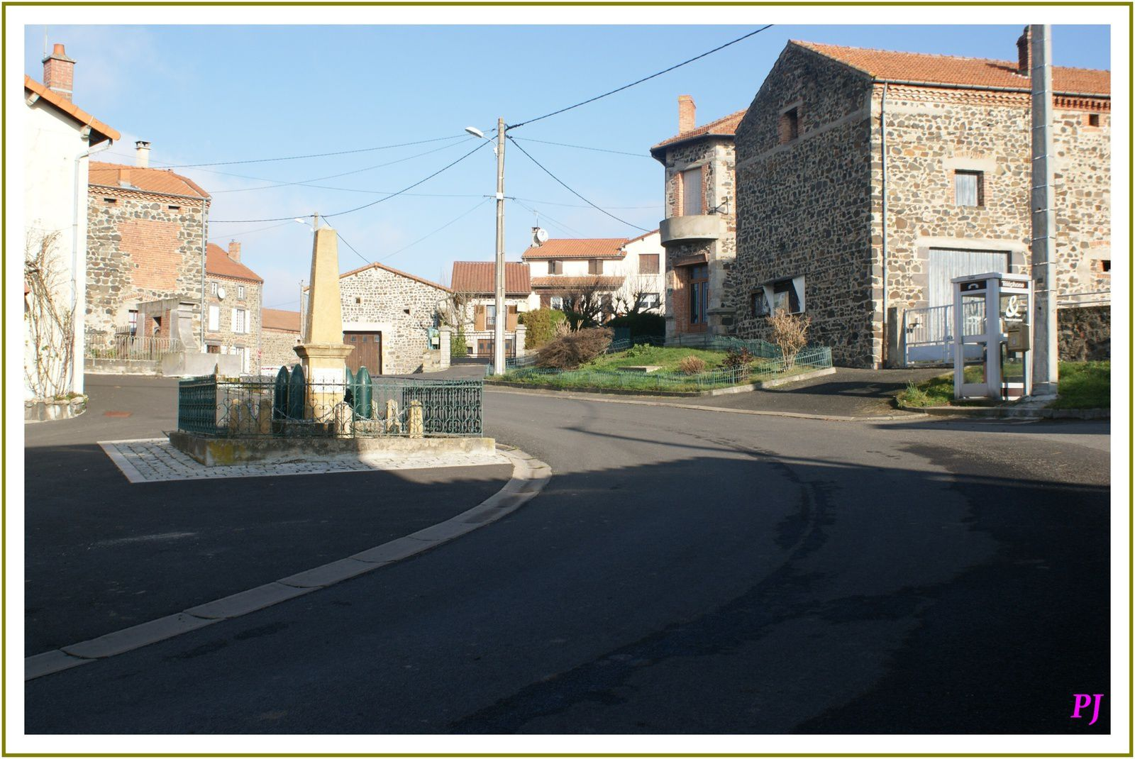 Les villages du Puy  de Dome: Esteil