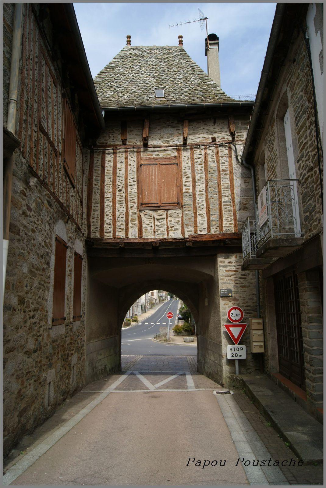 Les villages du Cantal Montsalvy