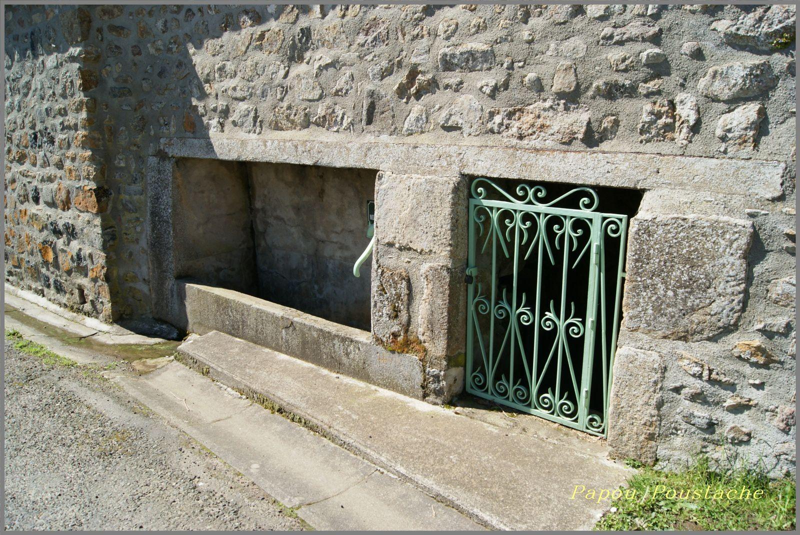 Saint Etienne sur Usson