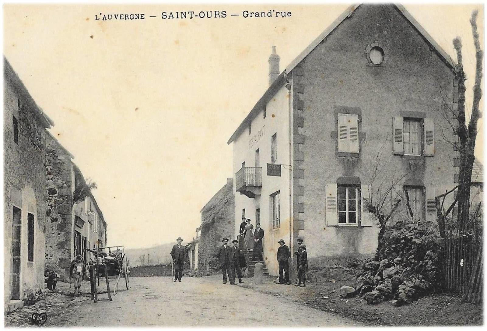 Saint Ours Les Roches