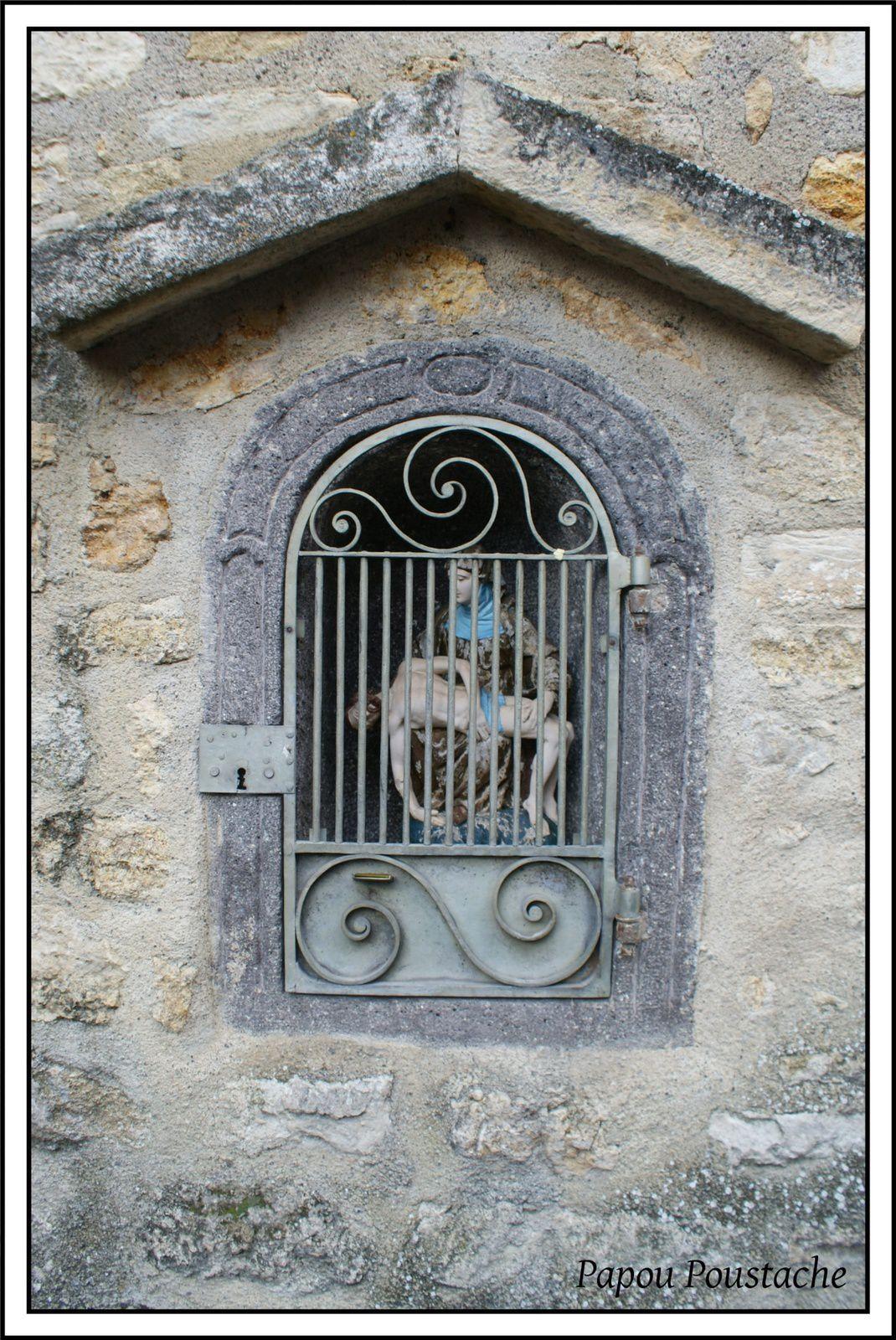 Les villages du Puy de Dome: Saint Saturnin
