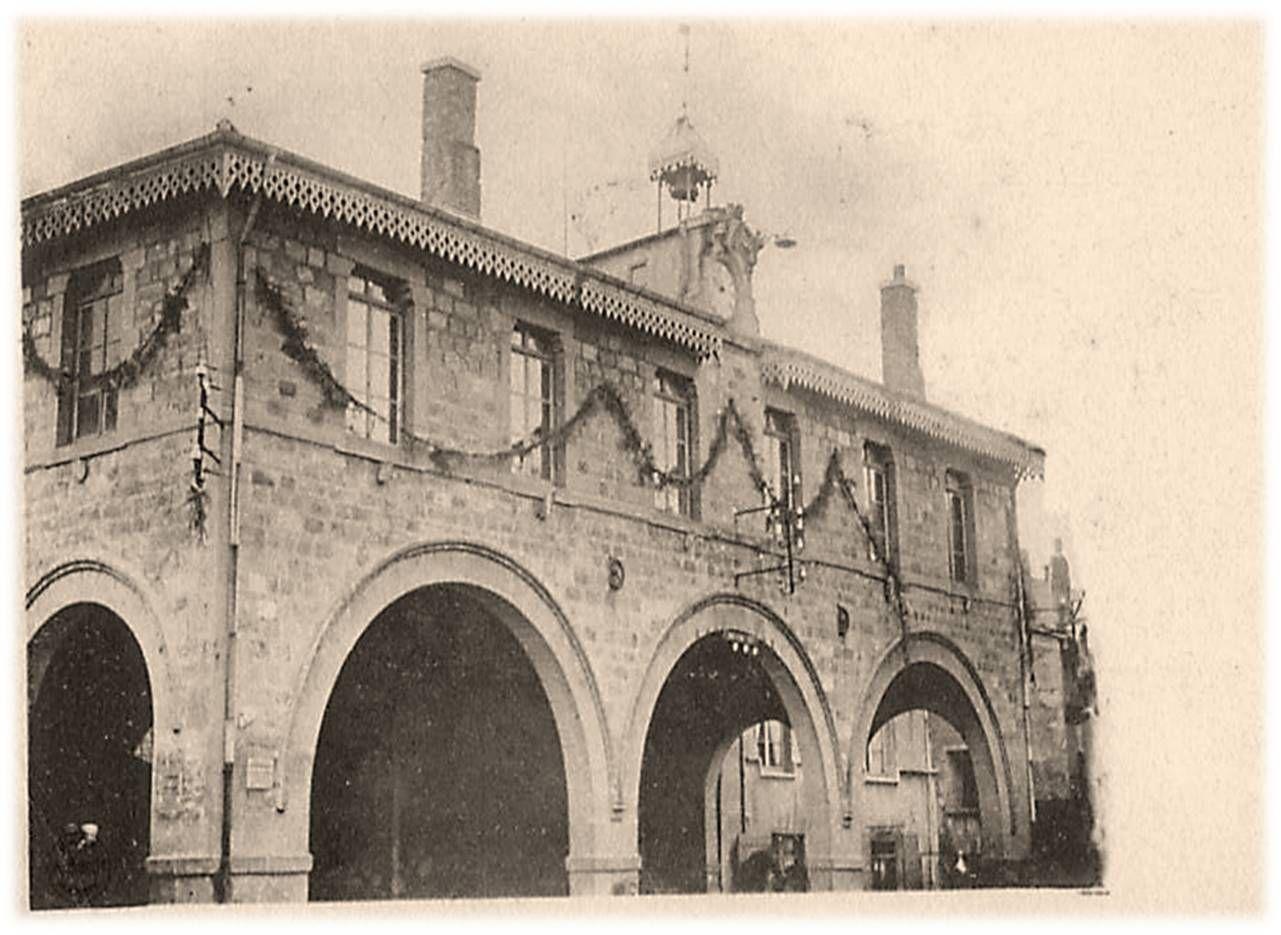 Halle à Saint Didier en Velay