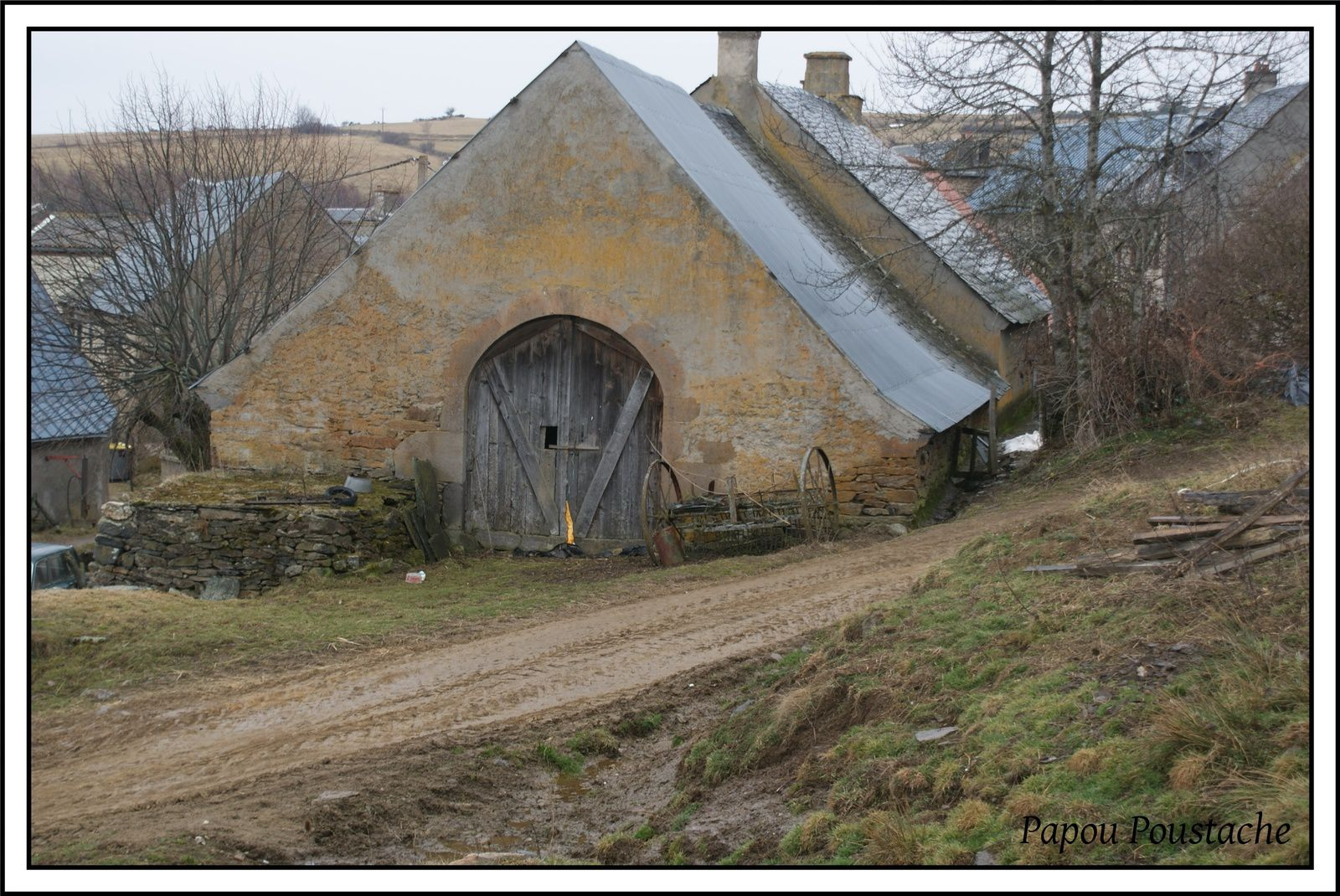 Un hameau au hasard