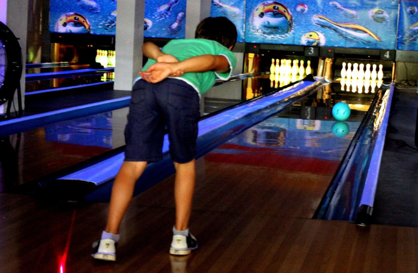 Photos prises au bowling de Nogent-sur-Marne (94)