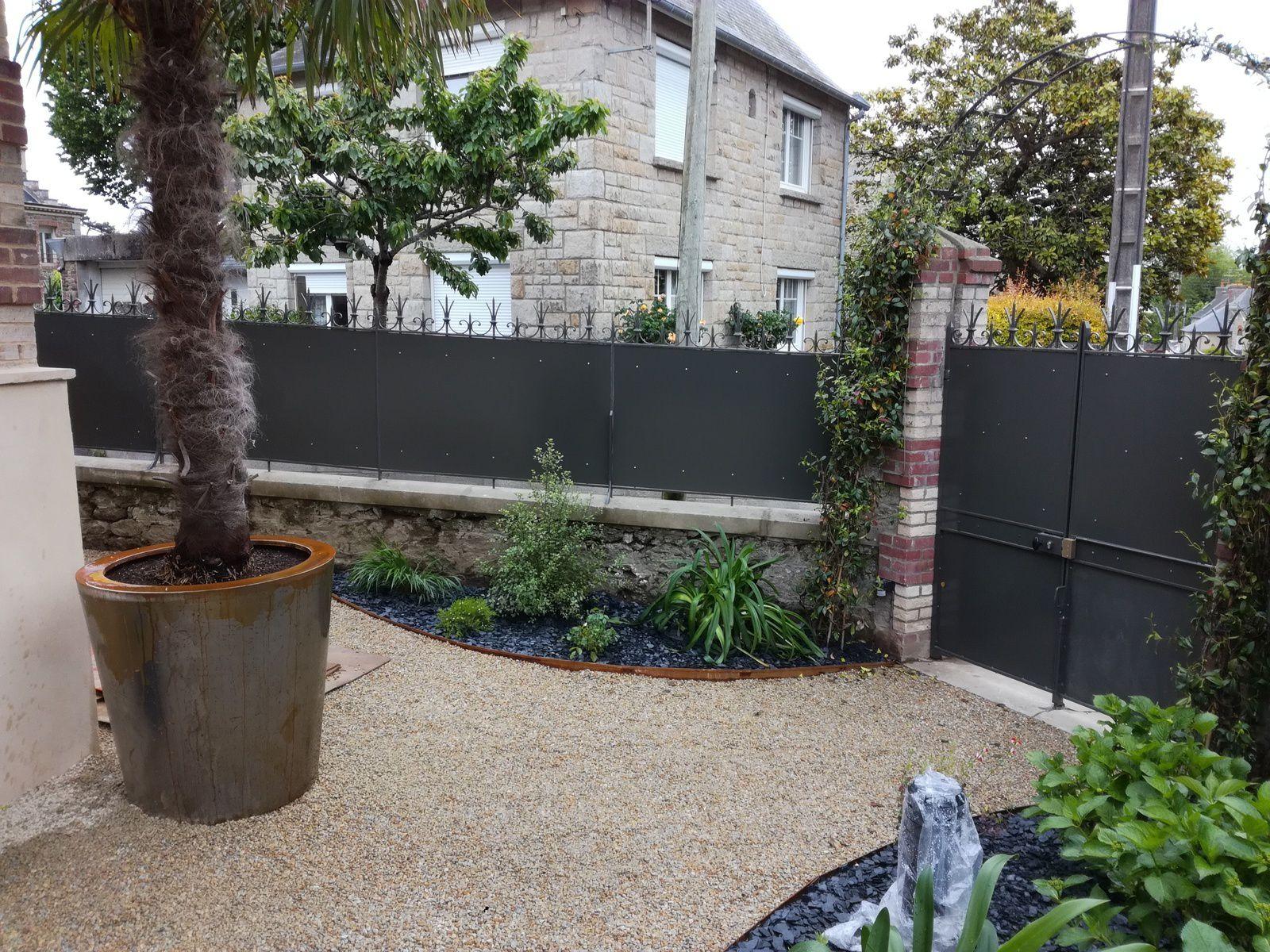 Aménagement Extérieur Entrée Maison aménagement extérieur d'un jardin de ville - reflets jardins