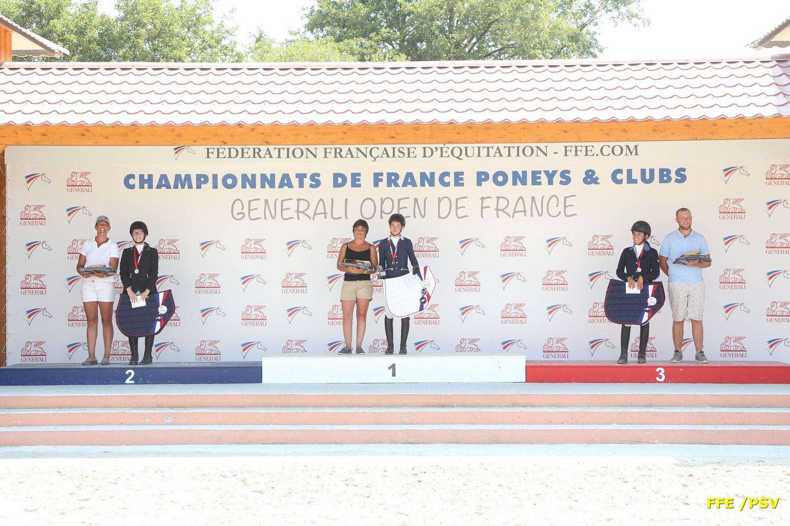 Océane Dangleterre, première place au podium du Championnat de France Generali Open de France CSO le 27 juillet 2018