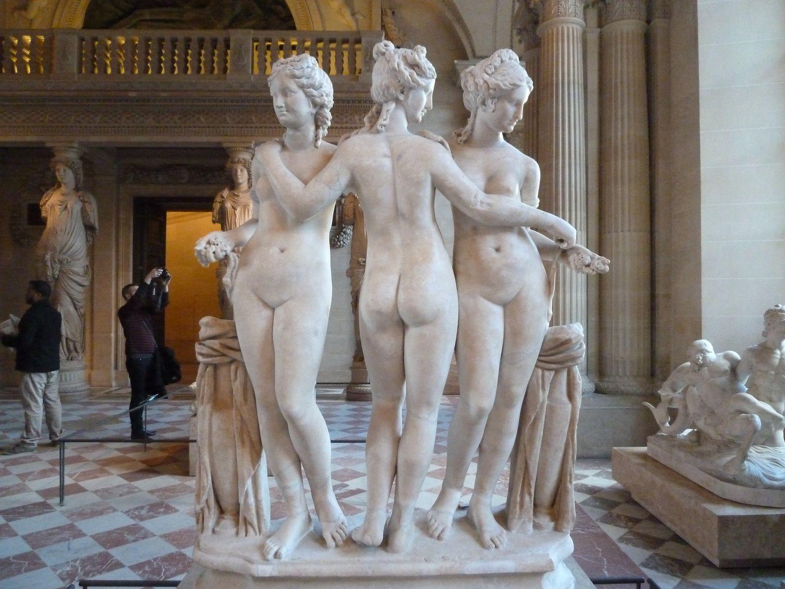 Les trois grâces. - Marbre grec découvert à Rome, sur le mont Cælius, IIème siècle après J.-C.