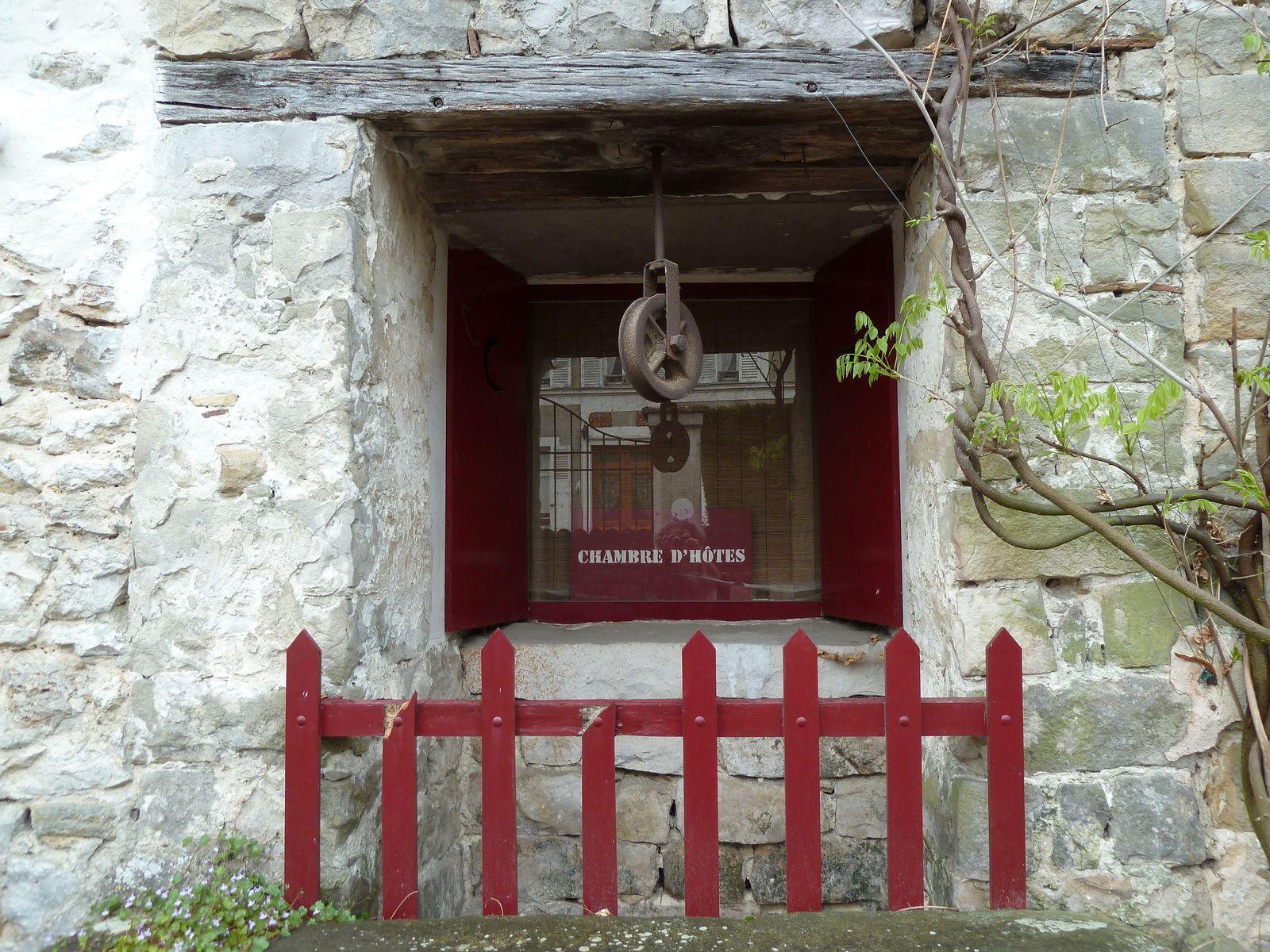 Charmante maison d'hôtes, joliment décorée à Veneux-les-Sablons.